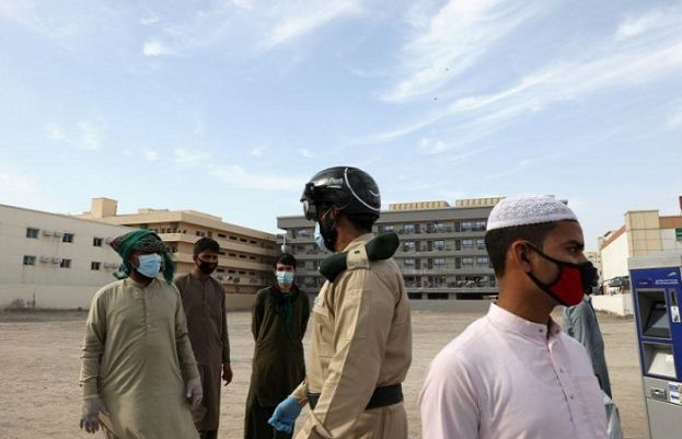 Saudi Arabia forms police unit to enforce coronavirus curbs