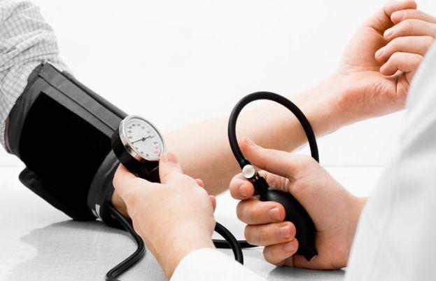 ہائی بلڈ پریشر فالج اور ہارٹ اٹیک کا خطرہ بڑھاتا ہے